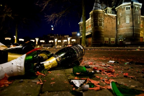 AMSTERDAM-VUURWERK-OPRUIMEN